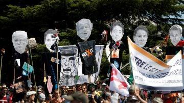 Manifestación contra el G7 en Hendaya