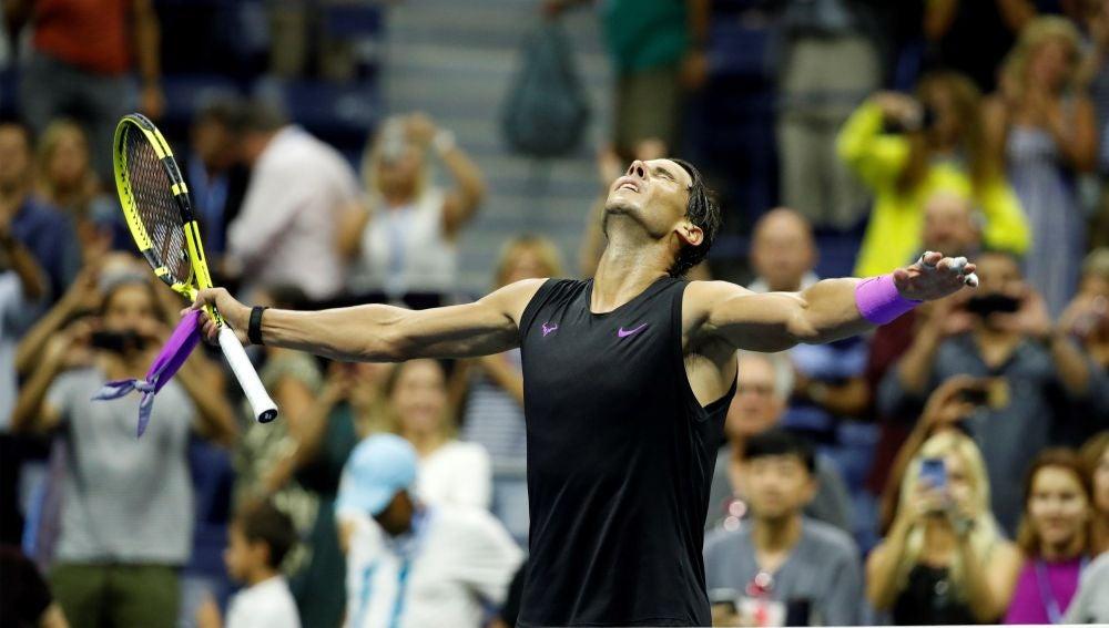 Rafa Nadal celebra su victoria ante Schwartzman