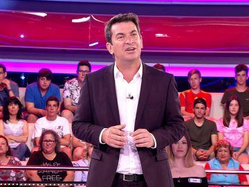 El chiste de Arturo Valls sobre las familias numerosas en '¡Ahora caigo!'