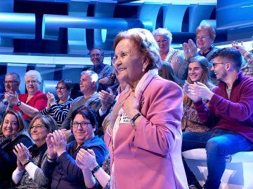 Palmira Gogó celebra su 82 cumpleaños en el plató de '¡Ahora caigo!': ¡Felicidades!