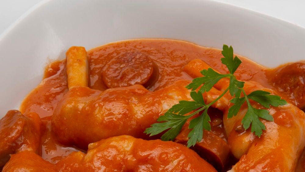 Receta de Karlos Arguiñano: Manitas de cordero en salsa