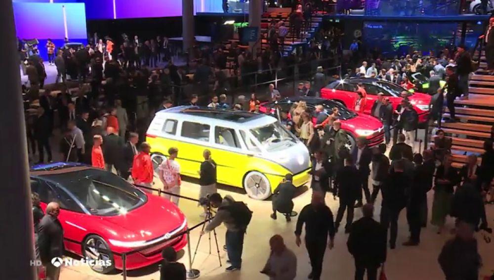Los coches elecctricos toman el festival del automovil de Frankfurt