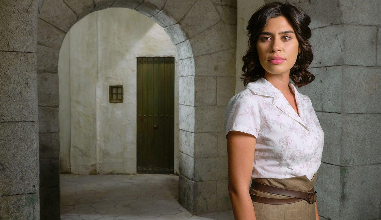Roser Tapias es Alicia Urrutia