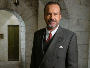 Manuel Regueiro es Ignacio Solozábal