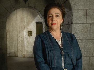 María Bouzas es Francisca Montenegro
