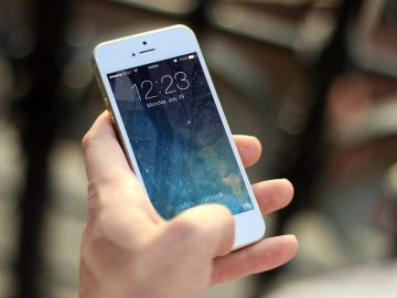Imagen ilustrativa de un IPhone