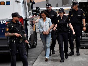 Ana Julia Quezada, a su llegada a la Audiencia Provincial de Almería