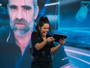 Los nervios de Cristina Pedroche minutos antes de estrenar su nueva sección en 'El Hormiguero 3.0'