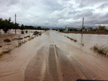 Las fuertes lluvias arrasan Almansa (Albacete)