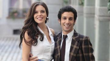 Los actores Lucía Martín Abello y Jonás Berami