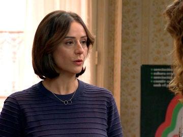Cristina le confiesa a Julia los motivos por lo que Guillermo detesta a Armando
