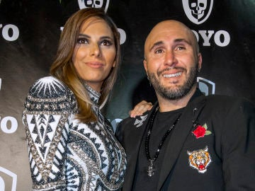 Irene Rosales y Kiko Rivera durante la inauguración