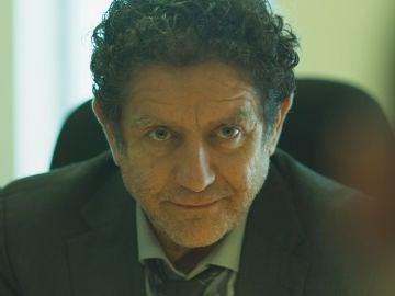 """El inspector Zapata, a Hugo: """"El forense está muerto"""""""