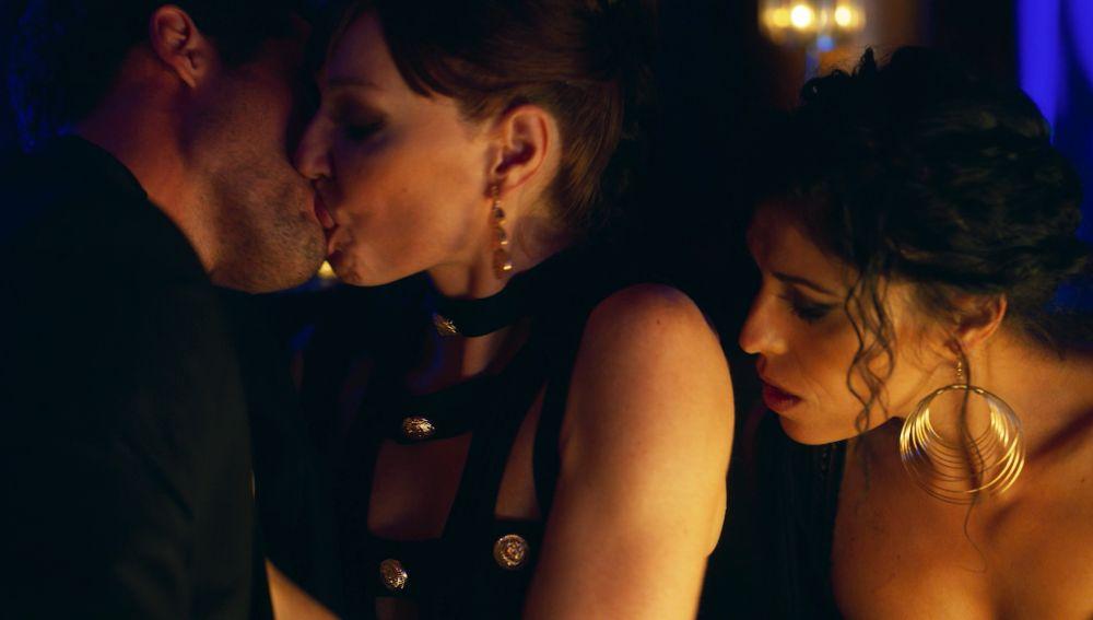 Sexo, lujuria y deseo, así es la relación entre Macarena Medina y Hugo