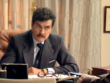 Armando, dispuesto a todo por alejar a Julia de Guillermo