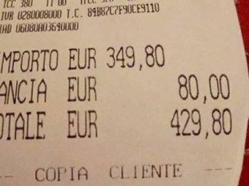 Un usuario de Facebook compartió el ticket del restaurante para denunciar la estafa a la que se enfrentaron los turistas
