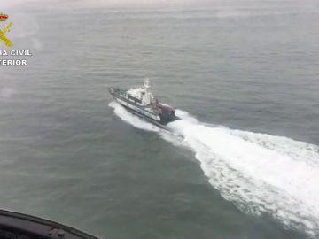 La Guardia Civil intercepta dos cayucos en Mauritania con destino a Canarias