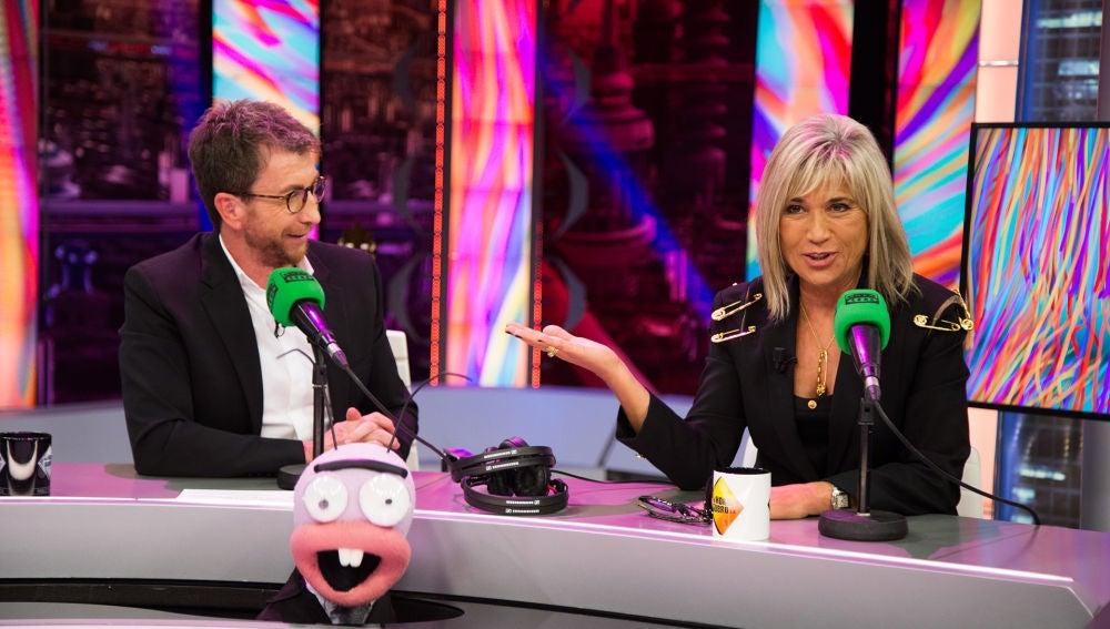 El cómico y cariñoso homenaje de Julia Otero y Pablo Motos a la radio en 'El Hormiguero 3.0'