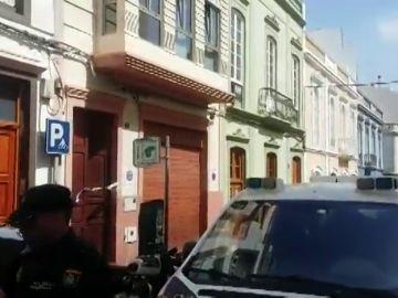 Violencia de género: se investiga el asesinato a puñaladas de una mujer en Las Palmas