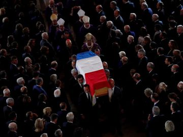 Francia da su último adiós al expresidente Chirac con Zapatero como único representante español