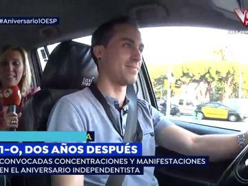 """David, el taxista que acompaña a 'Espejo Público' en Barcelona durante el 1-O: """"La situación ha mejorado"""""""