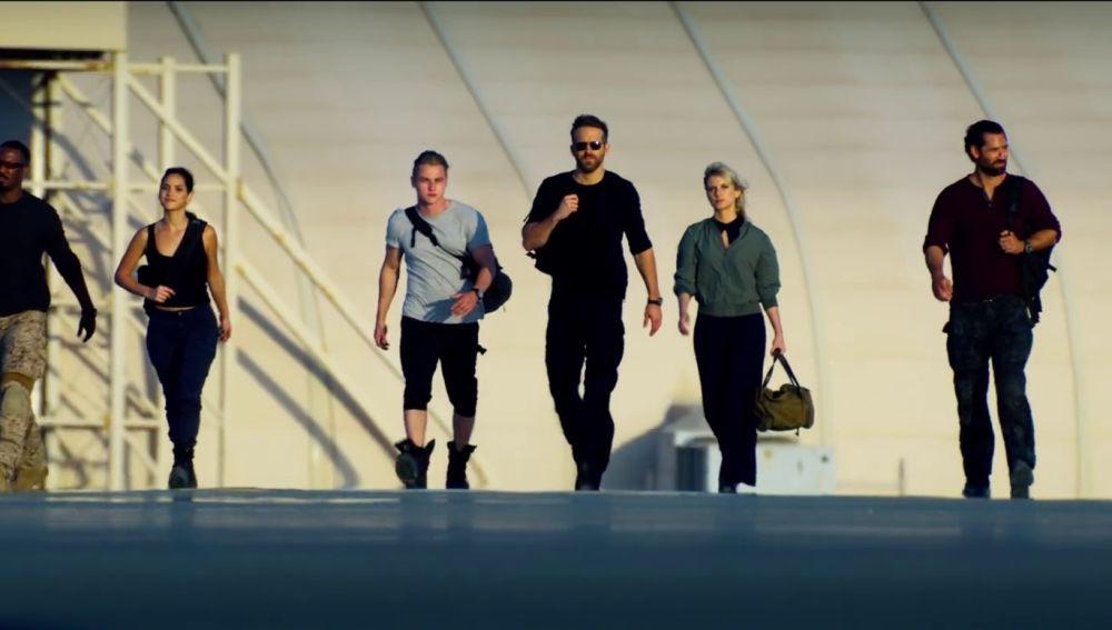 Ryan Reynolds en el tráiler de '6 en la sombra' ('6 Underground')