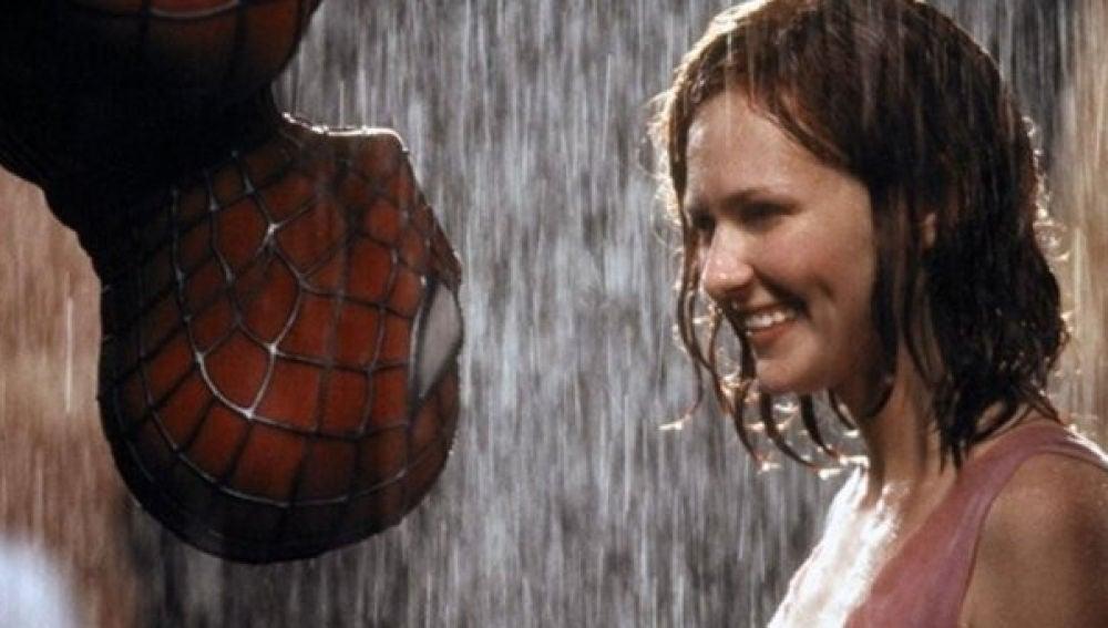 Kirsten Dunst en 'SpiderMan' con Tobey Maguire