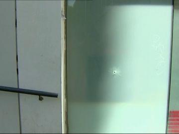 Herido grave un menor tutelado por un disparo en el barrio de El Raval
