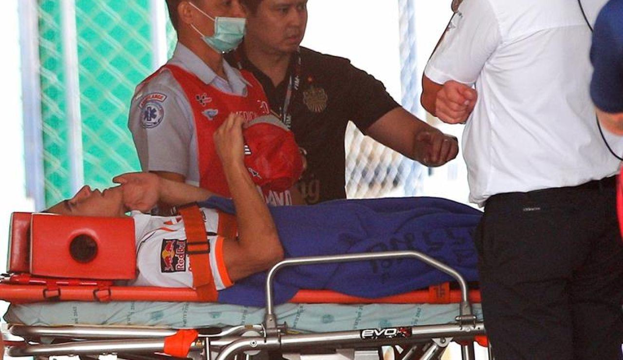 La imagen de Marc Márquez entrando al hospital