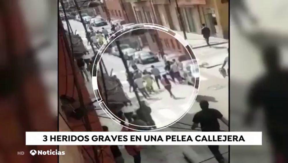 Tres heridos graves en una nueva pelea en las calles de Barcelona