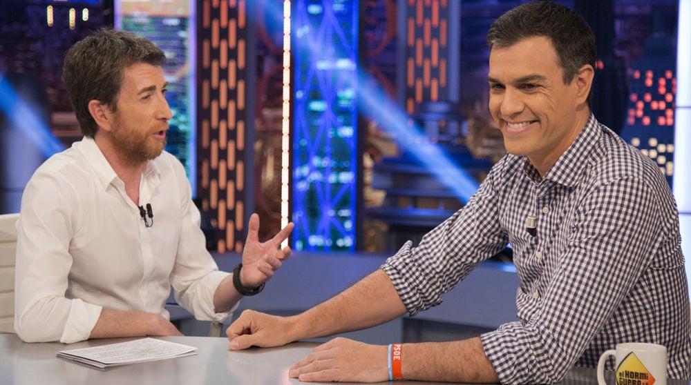 Pedro Sánchez y Pablo Motos en 'El Hormiguero 3.0'