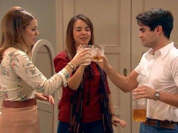 Lourdes organiza una noche de fraternidad para reconciliarse con sus hermanos