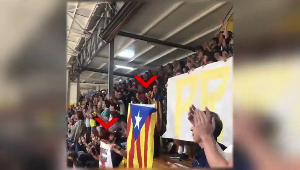 El Sarriá de balonmano se une a la protesta contra la sentencia del 'procés' y también para un minuto de partido