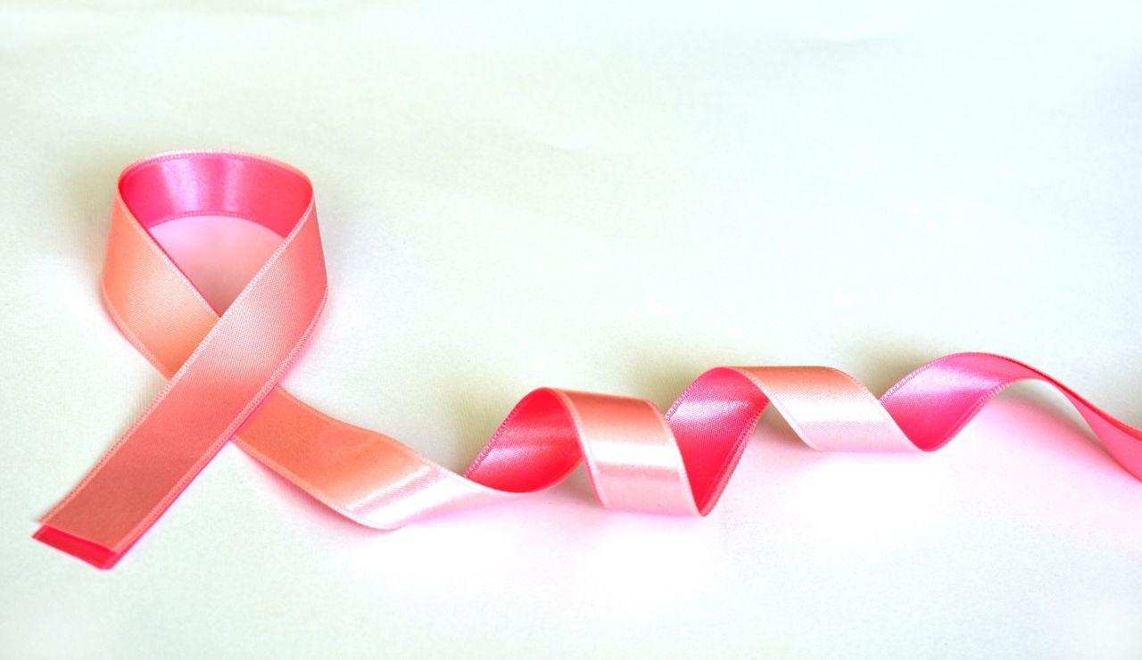 Lazo rosa cáncer de mama