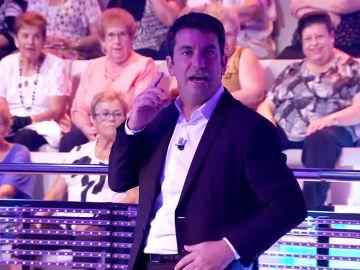 Arturo Valls se niega a comenzar '¡Ahora caigo!' hasta la hora de fichar