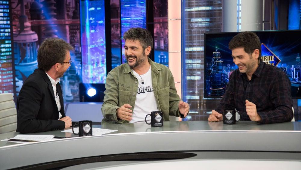 """El dúo Estopa elogia a Pilar Rubio por su reto del violín: """"Es una superwoman"""""""