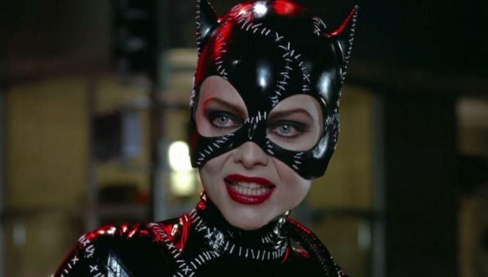 Michelle Pfeiffer como Catwoman en 'Batman returns'