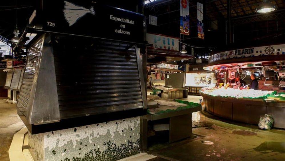El mercado de la boquería durante la huelga independentista