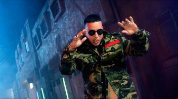Daddy Yankee en el vídeo de 'Que tire pa' lante'