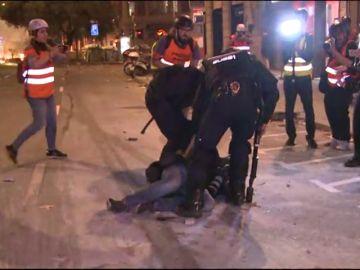 Varias detenciones en la quinta noche de disturbios en Cataluña