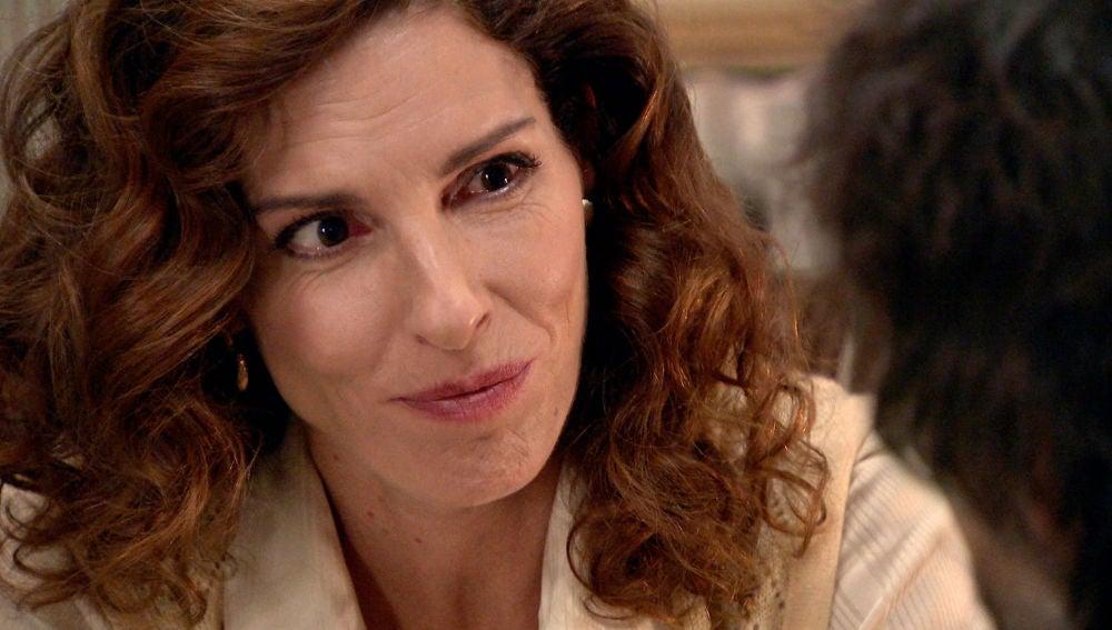 Julia le confiesa a Guillermo el secreto que le dejó marcada para siempre