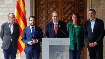 El presidente de la Generalitat, Quim Torra, junto a su vicepresidente
