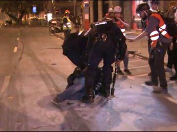 En libertad el fotoperiodista de 'El País' detenido en los disturbios de Barcelona