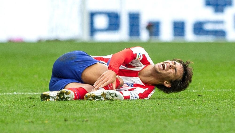 Joao Félix se lesionó ante el Valencia
