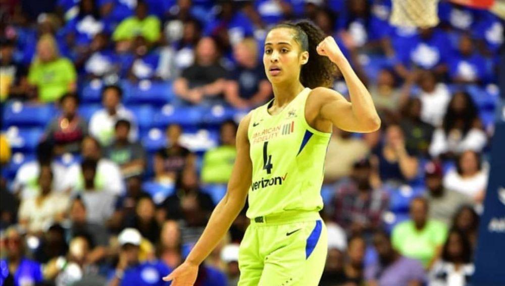 Skylar Diggins-Smith durante un partido