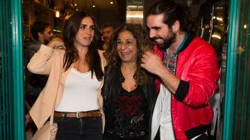 Lolita Flores con sus hijos Elena Furiase y Guillermo Furiase