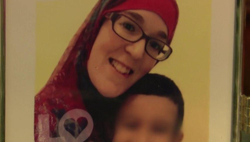 """Un español intenta traer de Siria a su hija, casada con un yihadista: """"No le diría nada, la abrazaría"""""""