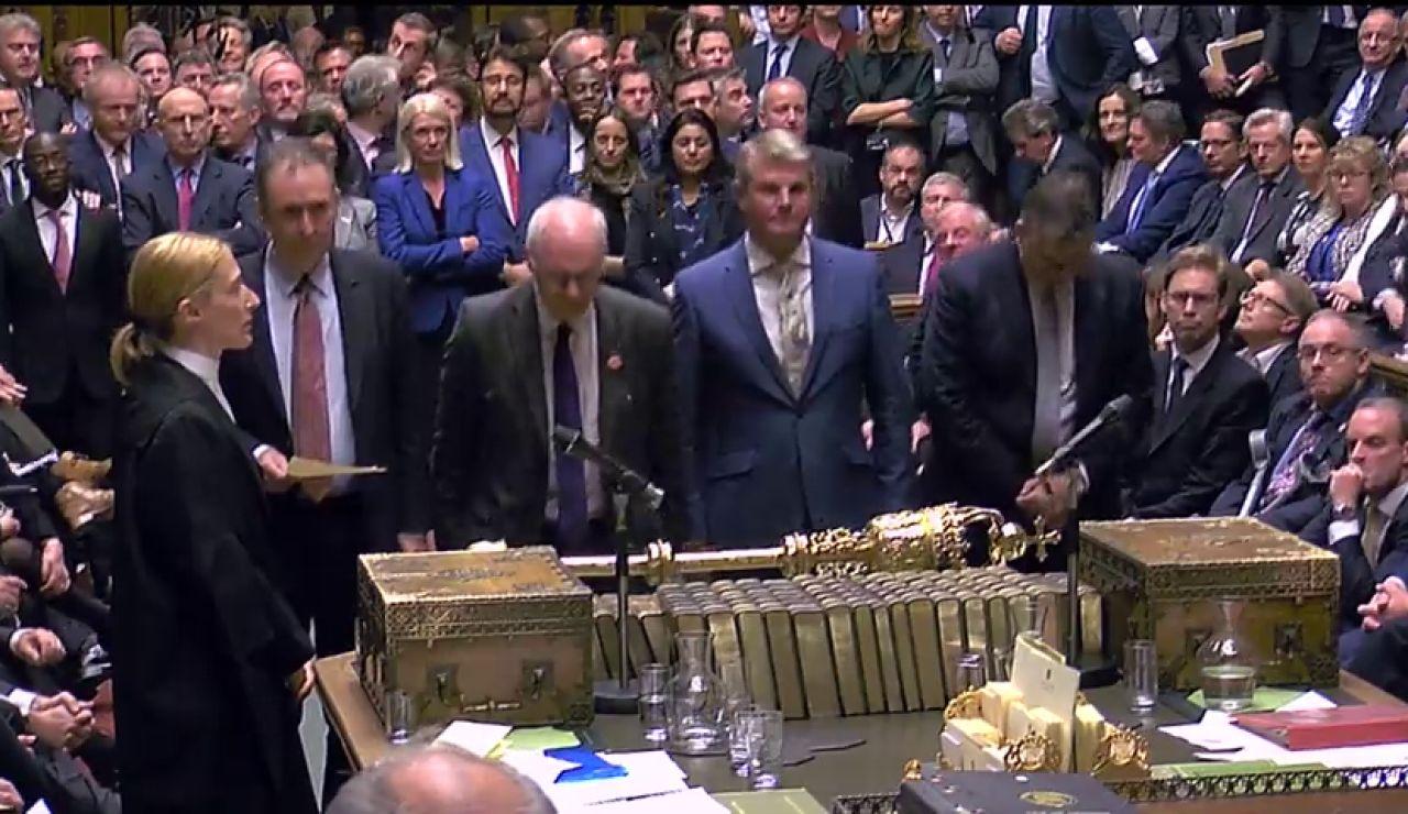 Boris Johnson no consigue que el Parlamento debata su acuerdo de 'brexit' en tres días