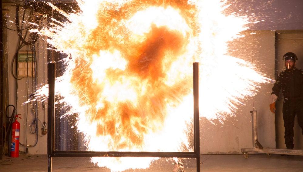'El Hormiguero 3.0' recrea los fuegos de 'Juego de Tronos' gracias a la ciencia de Marron