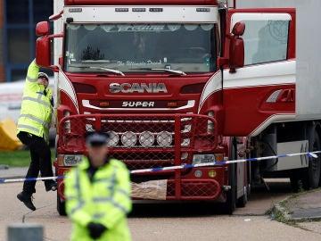 El camión que transportaba 39 cadáveres en Reino Unido